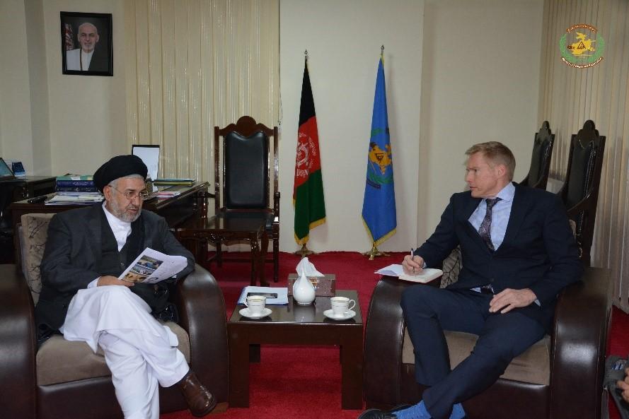 نتایج اولیه یک بررسی در رابطه به آمار شش ساله مهاجرین افغانستان با وزیر امور مهاجرین شریک ساخته شد
