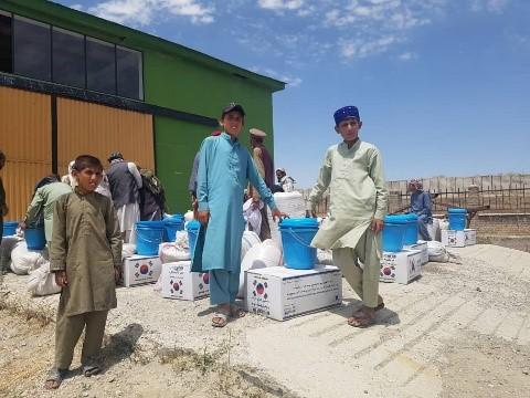 برای 30 خانواده بیجاشده در پکتیکا مواد غذایی وغیر غذایی مساعدت شد